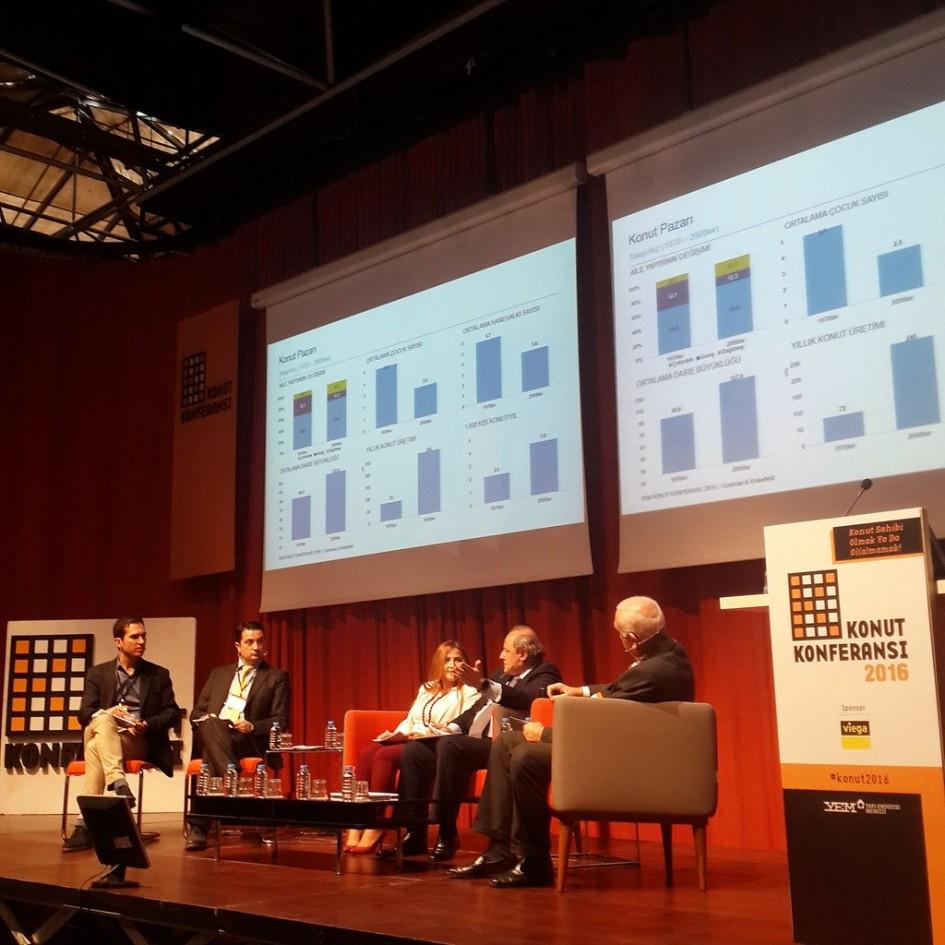 Kentsel Dönüşüm hakkında merak edilen sorular  Konut Konferansı'nda tartışıldı