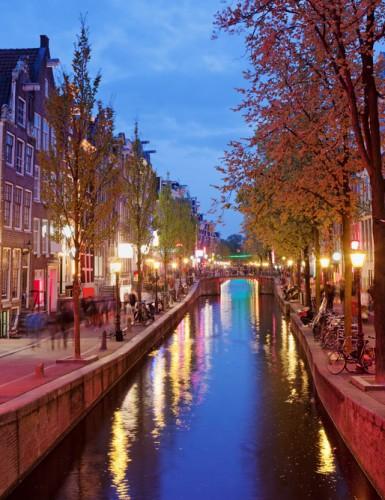 Amsterdam: Edebiyat Sokakta!