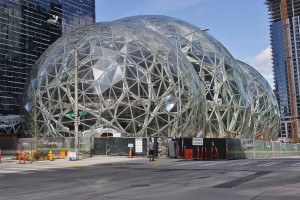 1200px-Amazon_Spheres_from_6th_Avenue,_March_2017